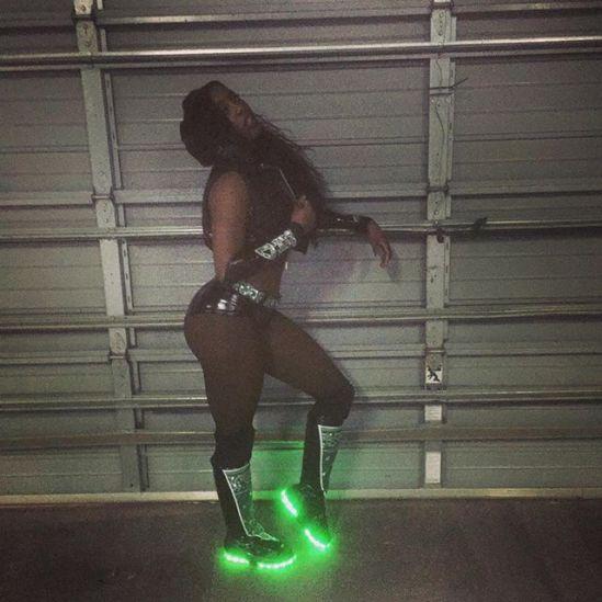 Naomi glow
