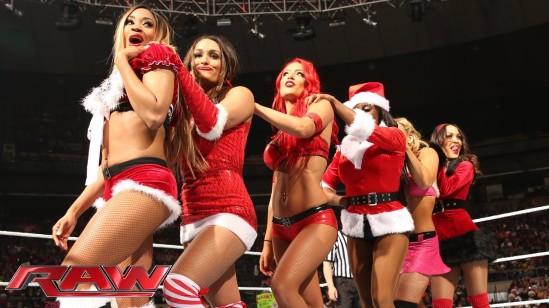 WWE Christmas Divas
